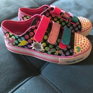 Girls Skechers twinkle toes shoes